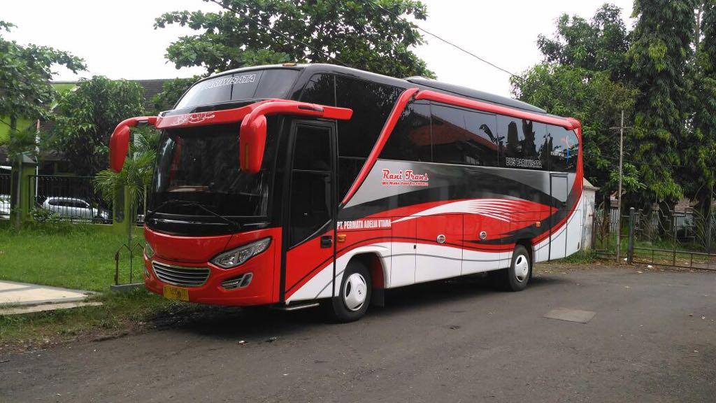 harga rental bus pariwisata - WA/TLP : 08222-515-0321